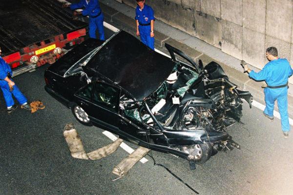 Водитель пытался скрыться от журналистов, что и стало причиной аварии