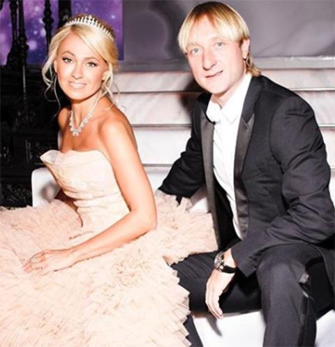 Родители Рудковской настороженно отнеслись к ее роману с Плющенко