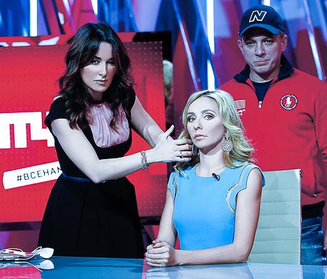 Тина рассказала, что многих спортсменов ей и продюсерам приходилось уговаривать на эфиры. А теперь звезды идут на «Матч ТВ» сами. На фото – с Татьяной Навкой