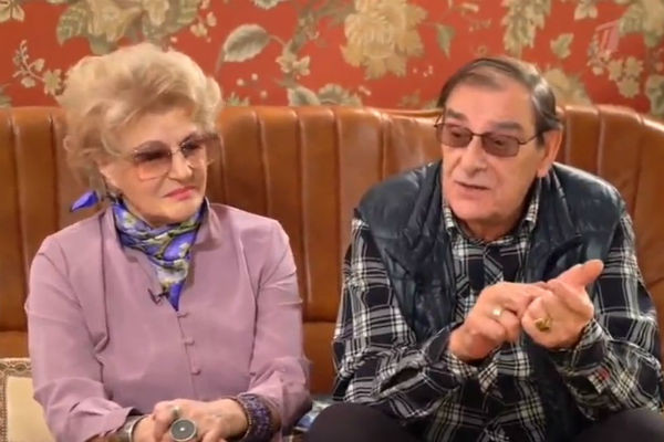 С супругом Анатолием Мукасеем актриса вместе уже 60 лет