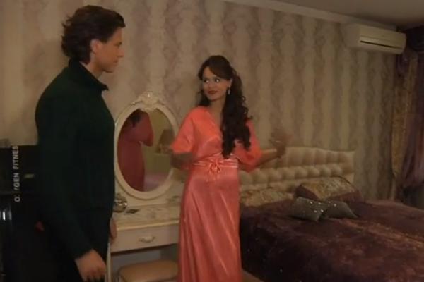 Прохор Шаляпин и Анна показали, где вместе живут и как устроят уголок для ребенка в спальне