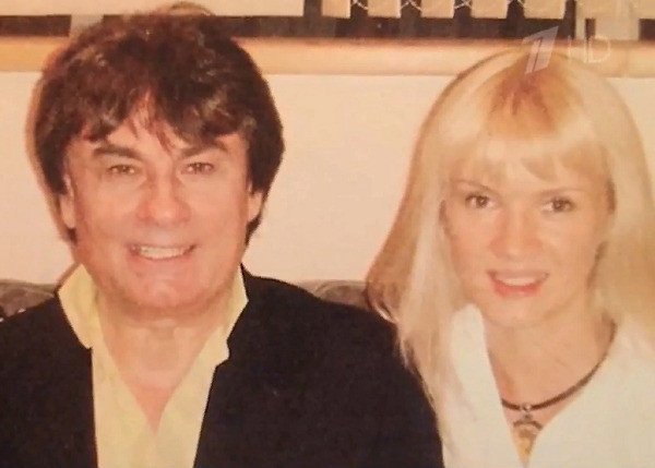 Александр Серов и Елена Стебенева прожили в браке порядка 19 лет