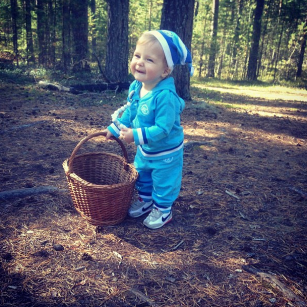 Юля выложила питерские снимки малыша Сени в Инстаграм, 5 сентября