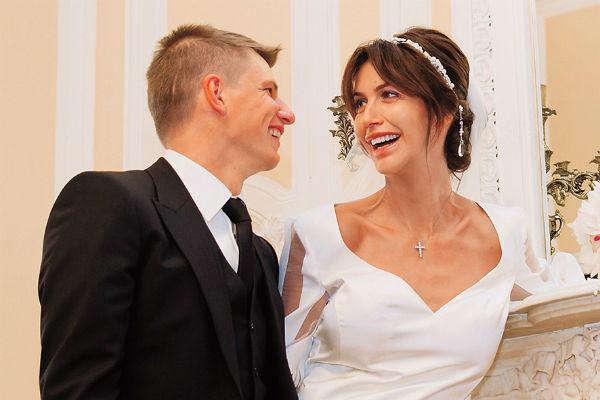 Нападающий «Кайрата» Андрей Аршавин и Алиса Казьмина поженились 1 сентября этого года