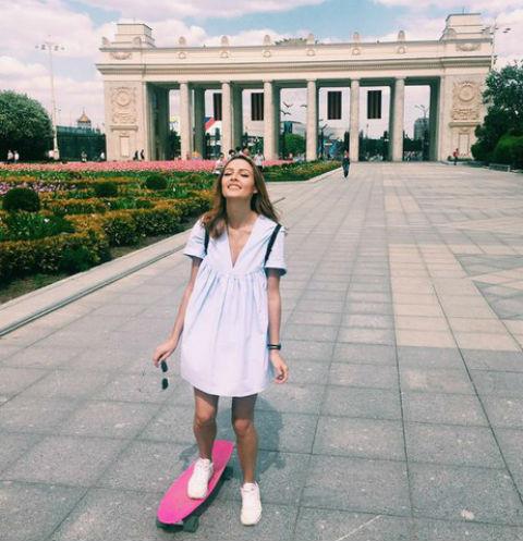 Полина Фаворская на прогулке в Парке Горького