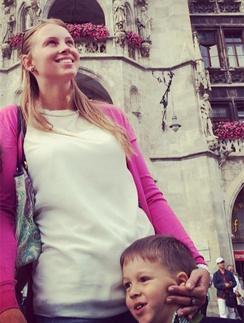 Полина Диброва с сыном Сашей