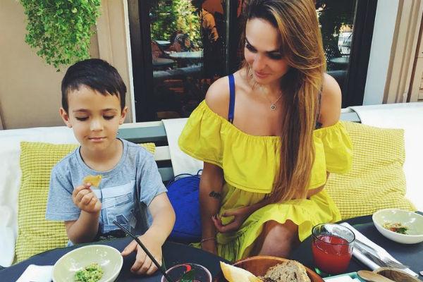 Алена переживает за безопасность сына