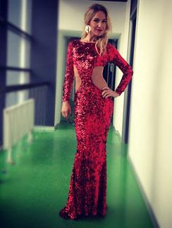 Юлия Ковальчук выбрала идеальный новогодний наряд