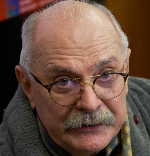 Никита Михалков будет судиться сторговцами биодобавок