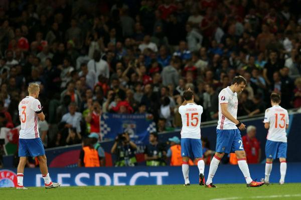 Российская сборная по футболу во время матча с Уэльсом
