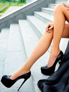 Выбор звезд: Обувные тренды наступившей осени