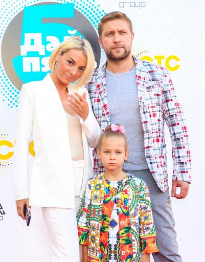 Дарья Сагалова с семьей