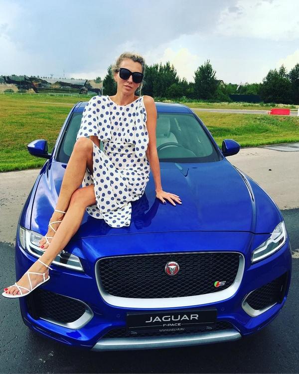 Светлана Бондарчук и ее новая машина