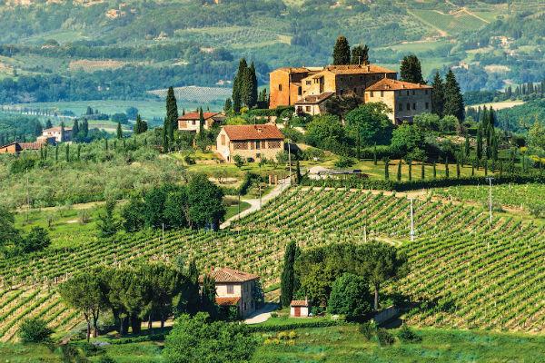 К удивительным  пейзажам  Тосканы хочется  возвращаться  вновь и вновь