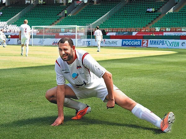 Семен Слепаков не стал представлять в своей песне, что у сборной России есть надежда на успех