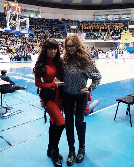 Алена Водонаева и Нелли Ермолаева