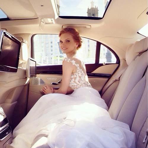 Это не свадьба, а рекламный ролик, в котором незадолго до торжества снялась Кулецкая