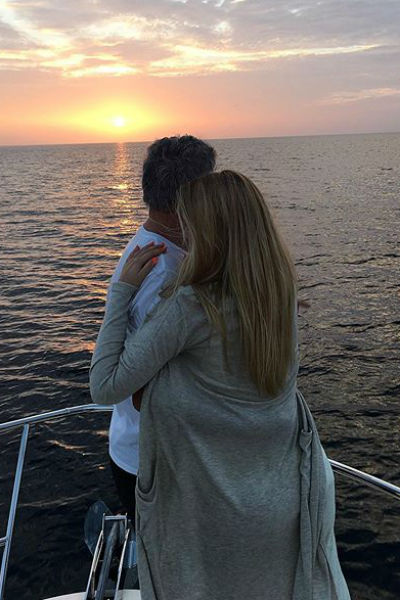 Илона часто путешествует с возлюбленным