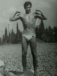 В юности маэстро был боксером