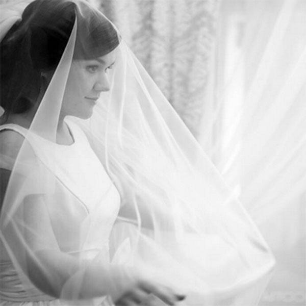 Это единственное свадебное фото, которым Дина Гарипова поделилась с подписчиками ее микроблога