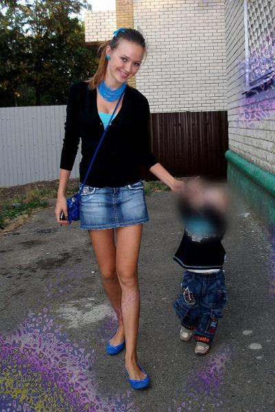 Костенко питала страсть к объемным украшениям