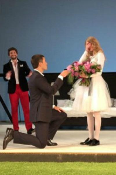 Этот значимый для актрисы момент запечатлели на камеру ее поклонники