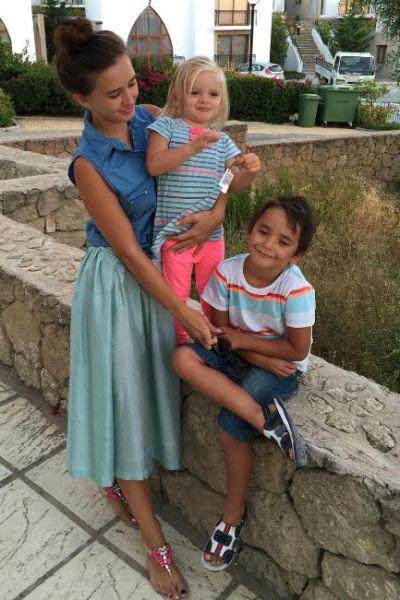 Семья Маргариты наслаждается жизнью на острове