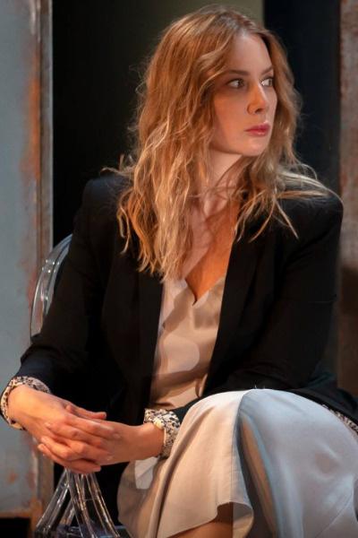 На съемках сериала «Врачебная тайна»  Дарья познакомилась с актером Магомедом Костоевым