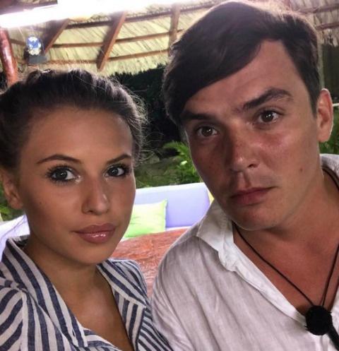 Саша Артемова и Жена Кузин лидируют в голосовании