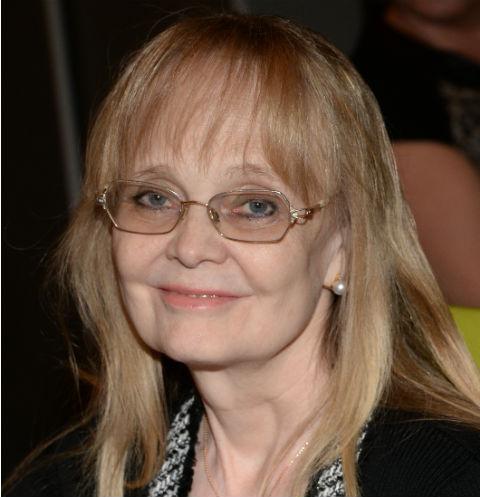 Наталия Белохвостикова откровенно рассказала о приемном сыне