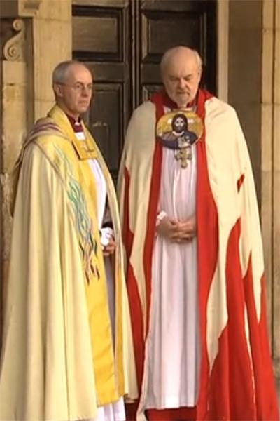 Архиепископ Кентерберийский прибыл в часовню одним из первых