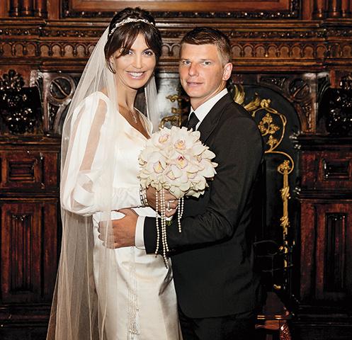 Андрей и Алиса поженились 1 сентября прошлого года