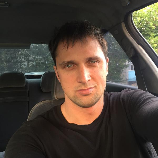 Сергей пока не определился, кто из девушек на проекте ему нравится больше