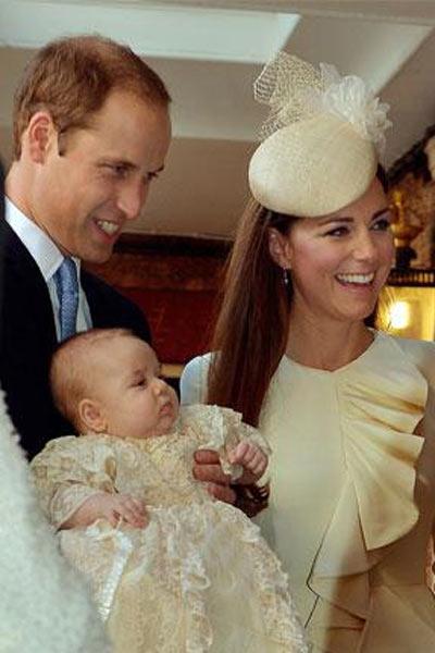 Кейт, Уильям  и Георг - счастливое семейство в сборе