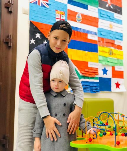 Сын Курбана Омарова с Теоной