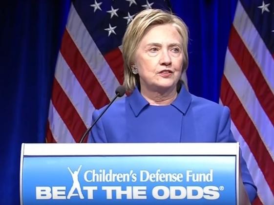 Хиллари Клинтон на благотворительном ужине Фонда защиты детей