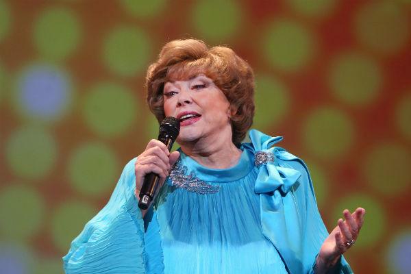 Эдита Станиславовна признается, что иногда ей очень тяжело выступать