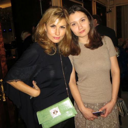 Эмма Салимова  с дочкой Эльзой