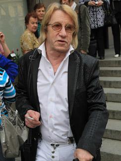 Александр Кавалеров год назад на открытии кинофестиваля в Санкт-Петербурге