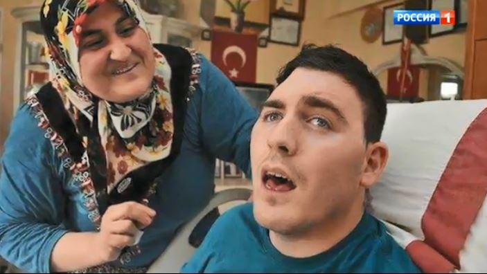 Умут в переводе с турецкого означает «надежда»