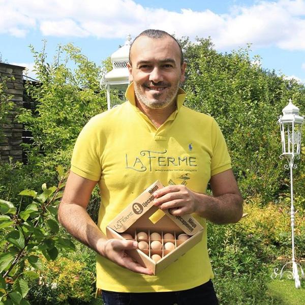 В птичниках Калужской области собирают и очень полезные яйца цесарок