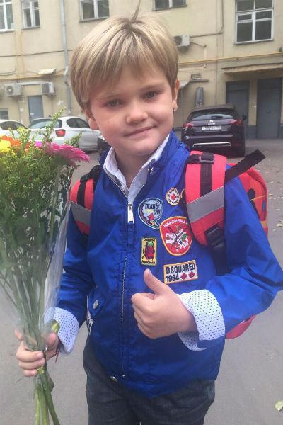 Сын Николь Кузнецовой Егор
