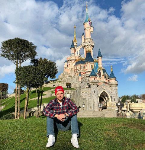 Антон Гусев устроил травлю авиакомпании, потерявшей его багаж