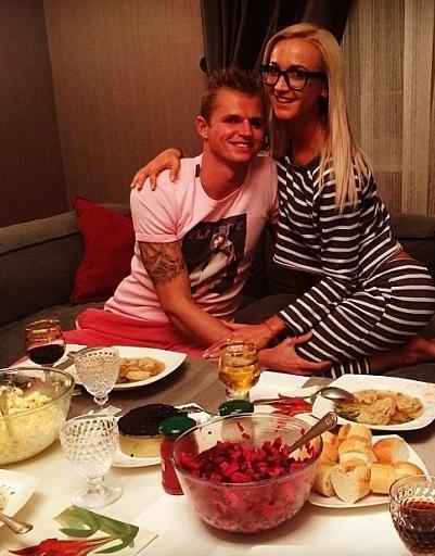 Ольга не устает радовать Дмитрия вкусными блюдами