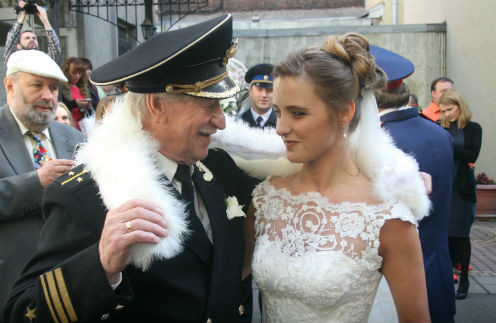 Иван Краско с молодой избранницей
