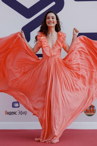 Виктория Дайнеко одной из первых вышла на красную ковровую дорожку
