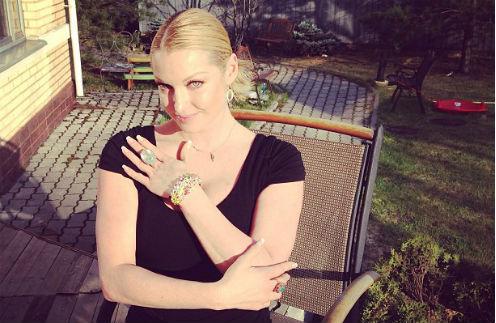 Анастасия Волочкова с новым браслетом