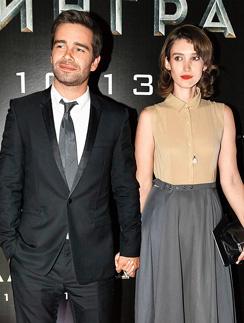 Петр Федоров с девушкой Анастасией