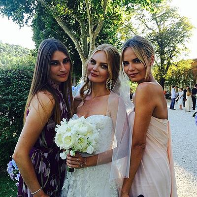 Елена с подругами Наташей Поли и Евгенией Володиной