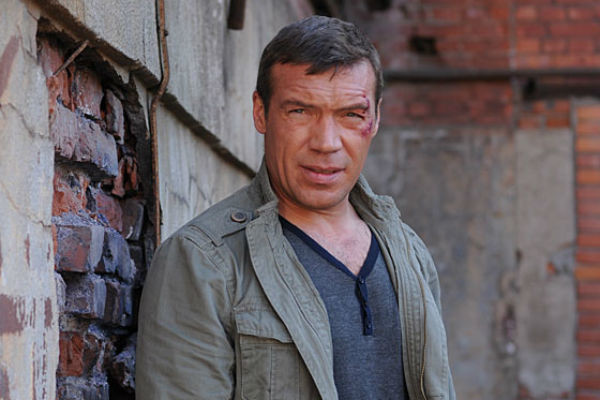 Олег всегда делал выбор в пользу карьеры, а не семьи